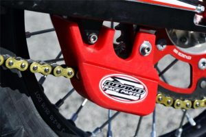 BOANO LOWER CHAIN GUIDE RED